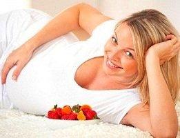 strawberries-during-pregnancy.jpg